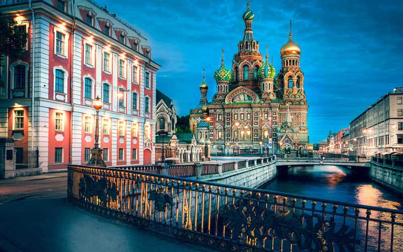 خرید بلیط هواپیما و شرکت در فستیوال شبهای سفید سنت پترزبورگ