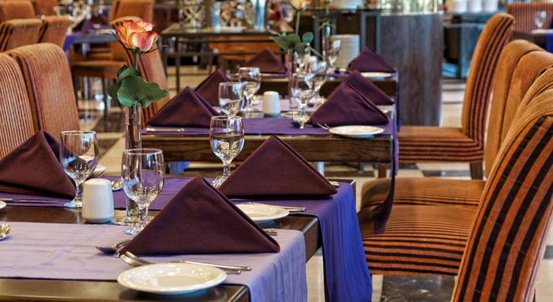 رزرو هتل 4 ستاره ی سیتی سیزن تاور city seasons tower دبی